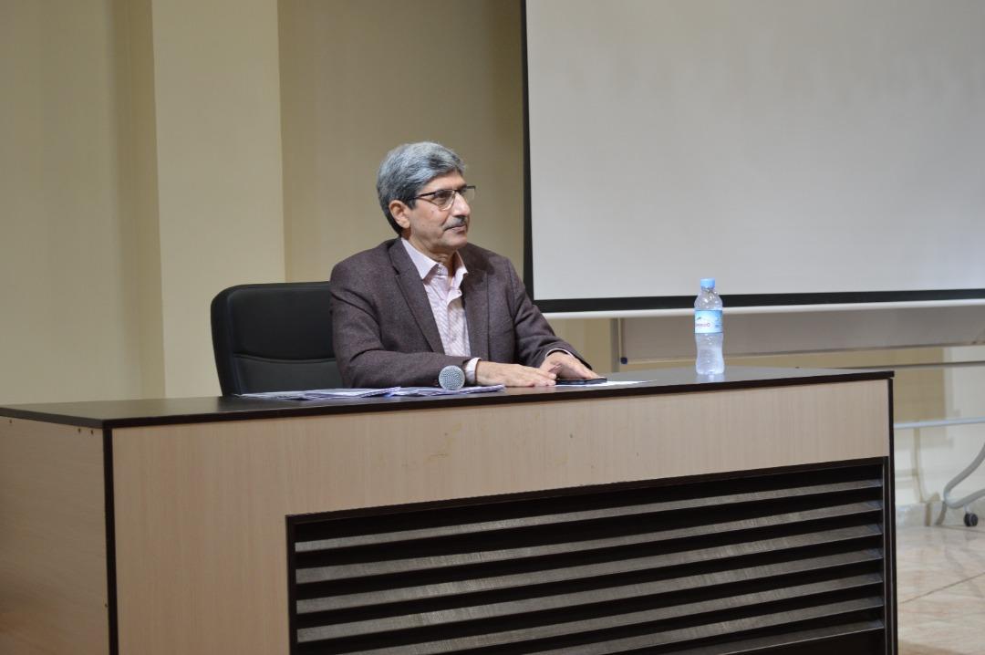 برگزاري جلسه رئيس هيئت مديره بيمارستان جناب آقاي دكتر نادر صاكي با پرسنل